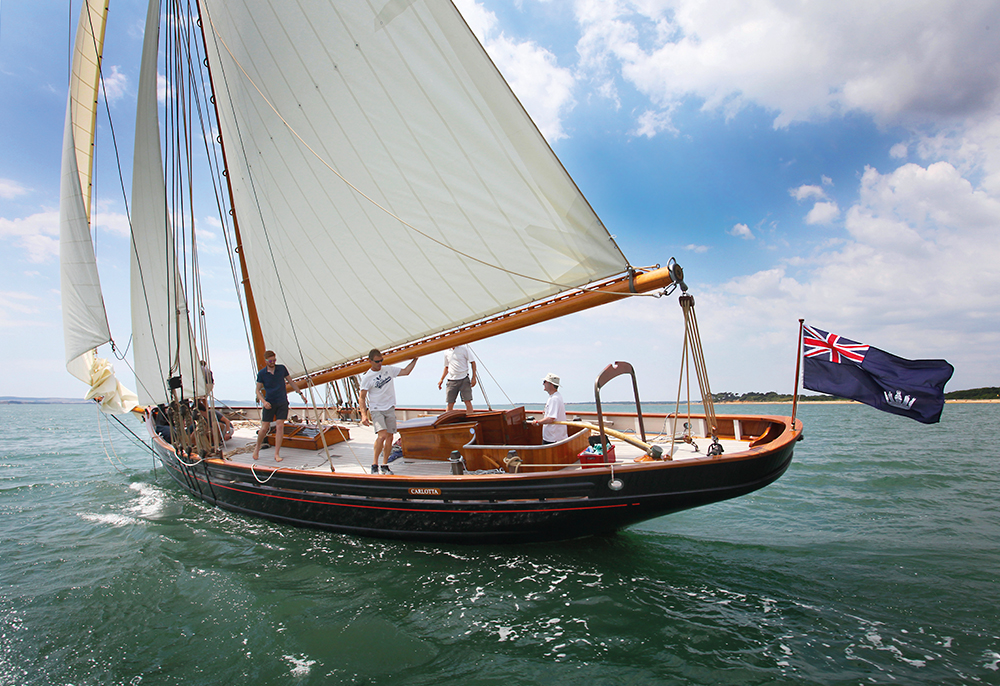 Carlotta under sail (c) Elephant Boatyard