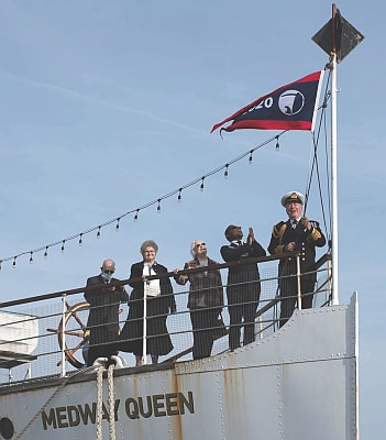 Pennant hoist on Medway Queen (c) Bob Wilde