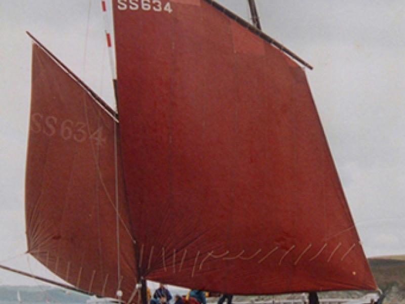 BARNABAS under sail, starboard view