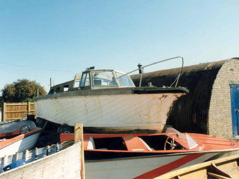 358 - view of her starboard bow