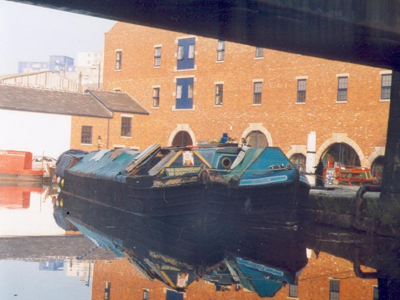 ELTON (left) and SOUTHAM  (right) - at Portland Basin. Bow looking aft.