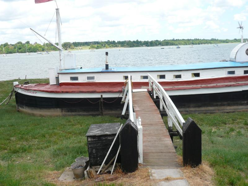 Yare moored in Pin Mill