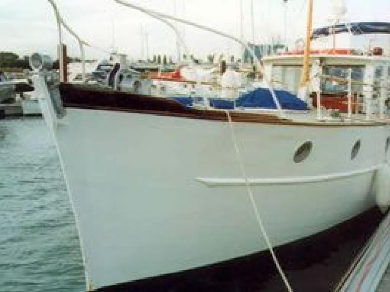 Schalime II - port bow