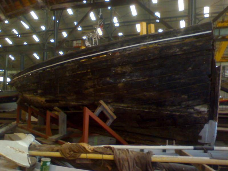 Iverna - starboard bow