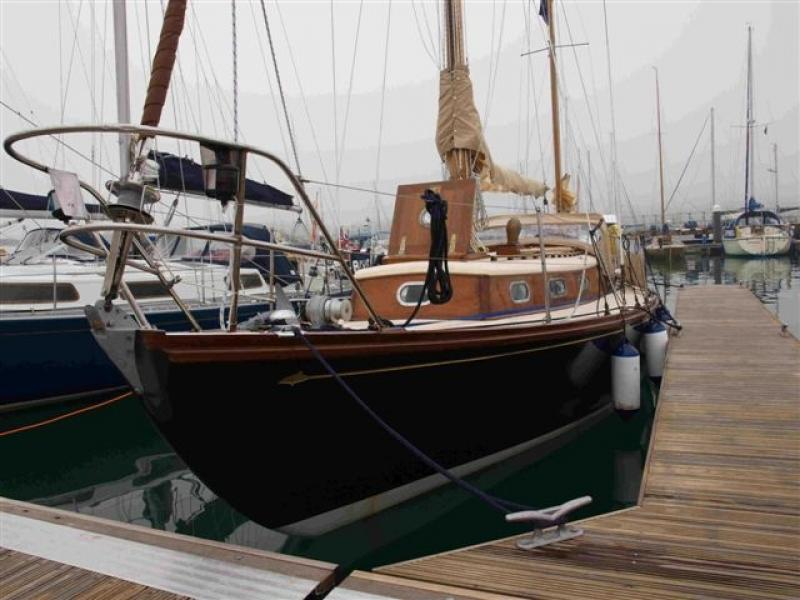 bow view port side