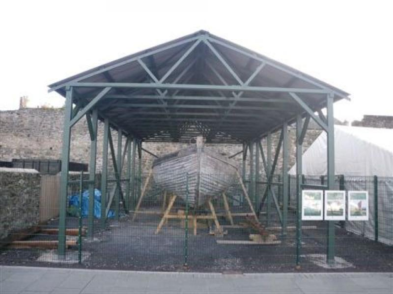Helen II - build of dedicated compound & shelter