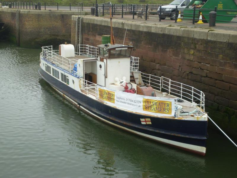 Western Belle at Maryport. Bow view starboard side.