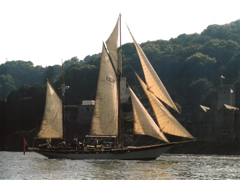 Airy mouse - sailing in Fowey