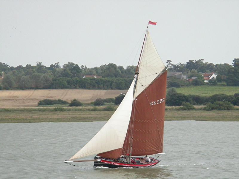 Ellen under sail - port side