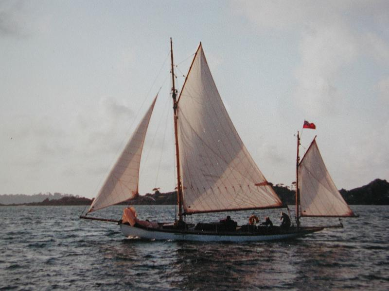 GULNARE under sail - port side view