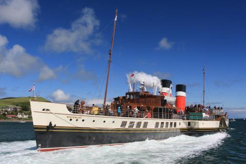 'Summer Doon the Watter as PS Waverley leaves Campbletown (c) Colin Smith
