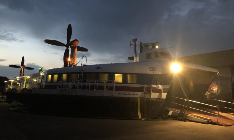 SRN4 'The Princess Anne' - at night