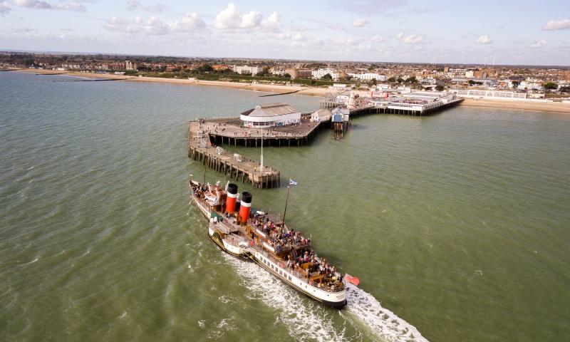 Photo Comp 2018 entry - The Waverley picking up more passengers from Clacton pier, by Kevin Jay