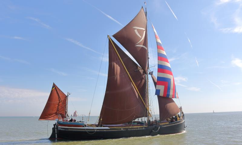 Lady Daphne - under sail