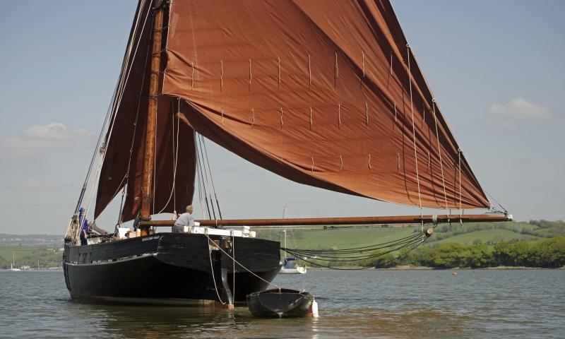 Lynher barge under sail