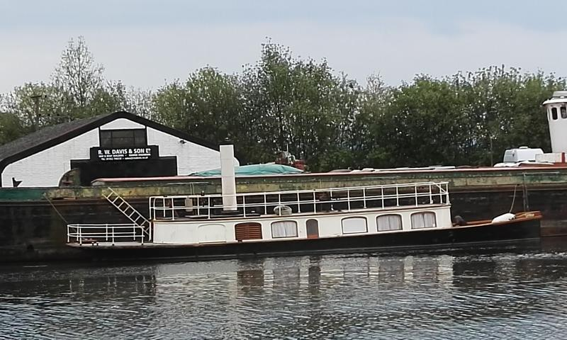 Sabrina - on the Gloucester & Shaprness canal again May 2019