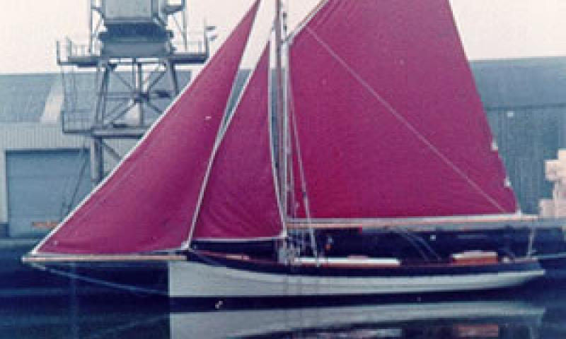 CHRISTINA LYNN - at the quayside with sails up. Port side. Ref: 14/christinalynn.gif.