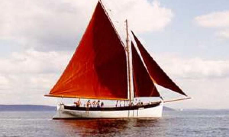 LYNHER - under sail. Starboard side