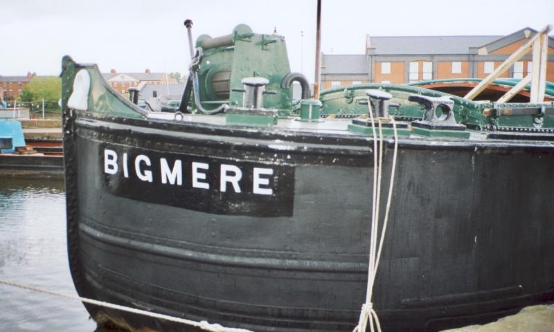 Bigmere at the quay at Ellesmere Port. The hold is open to the public and contains exhibition space. Ref: 95/12/1/20