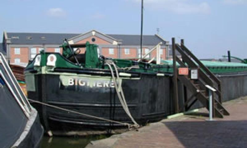 BIGMERE. Towed steel barge.
