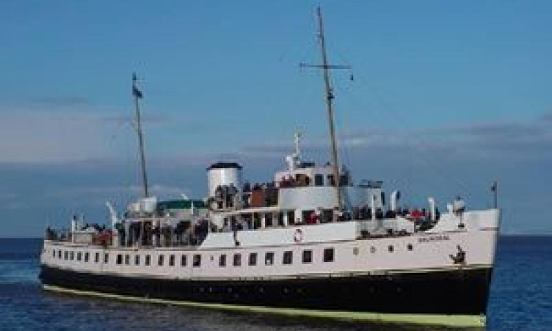 Balmoral - starboard bow