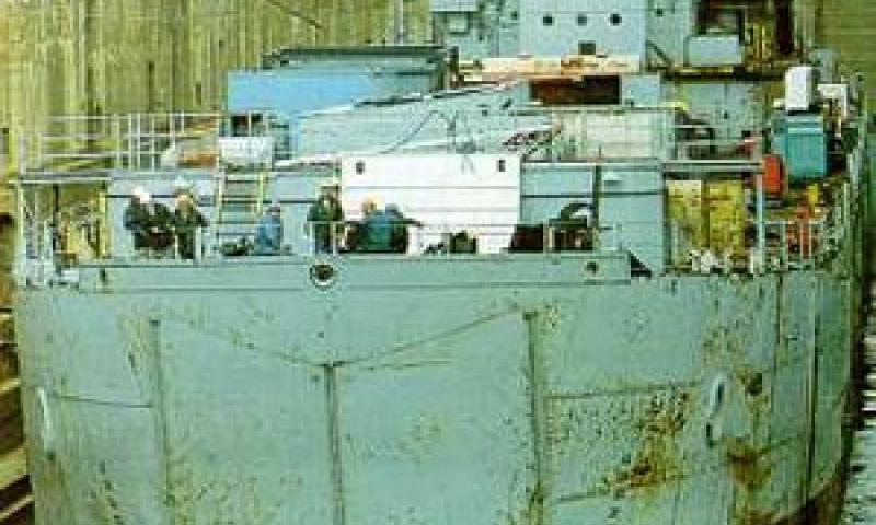 STALKER - at Rosyth in 1995. Bow looking aft.