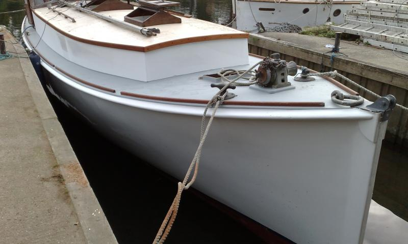 starboard side bow view