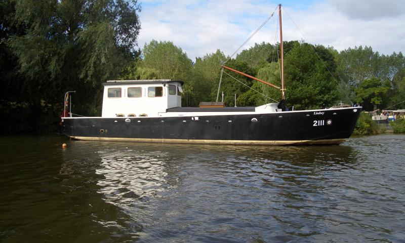 Lindsey 2111 - Starboard side view