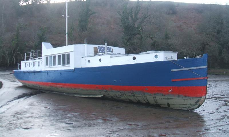 Hospital Boat No 67 - starboard bow