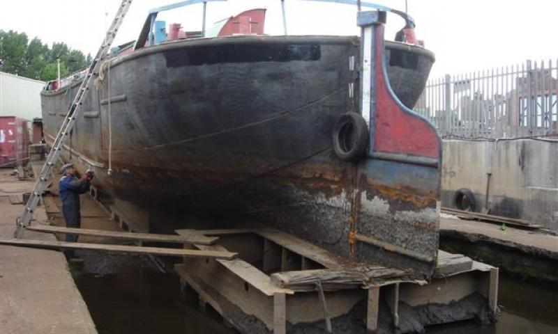 Leicester Trader - stern view on the slip