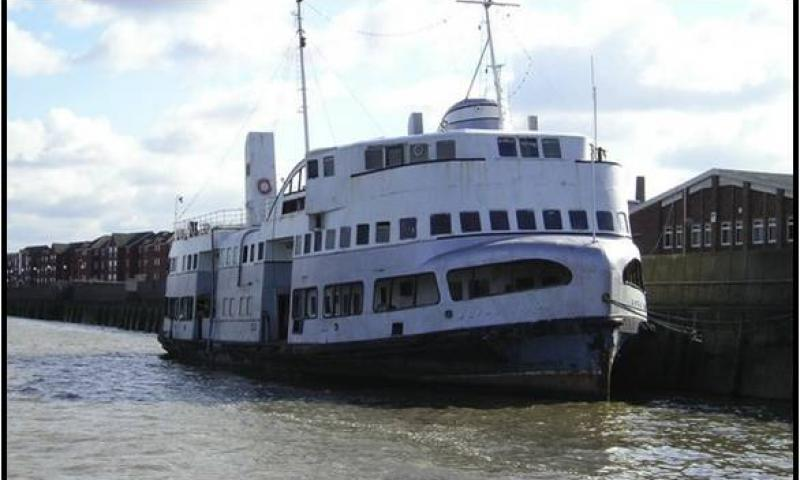 Royal Iris alongside the quay