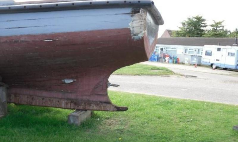 Terrier - port quarter, poor planking and deadwood tingle. No fitting for rudder heel.