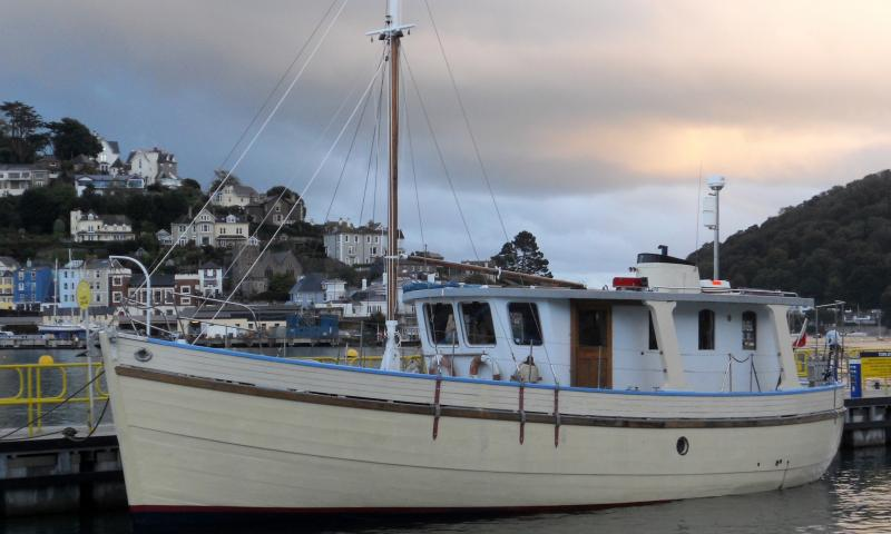 taking up at Dartmouth Town quay October 2016