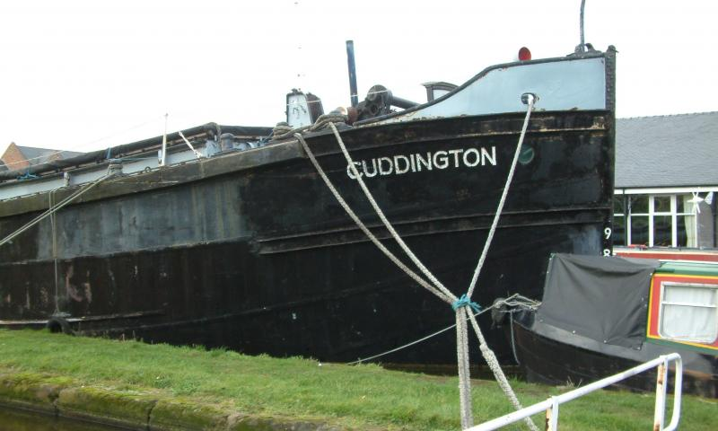 Cuddington - cargo hold and deck arrangement. Bow looking aft.