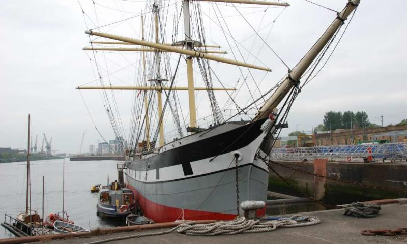 Glenlee - bow view