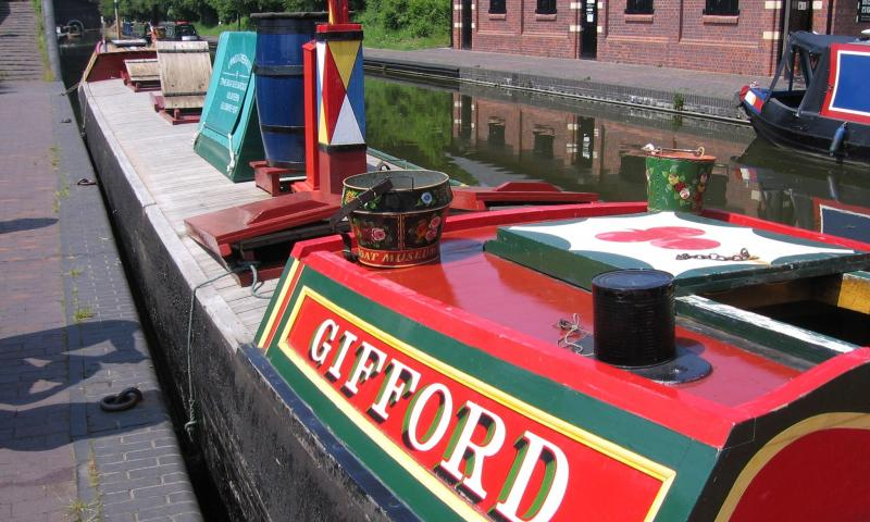 Gifford moored alongside on a visit to the Black Country Living Museum, 2007