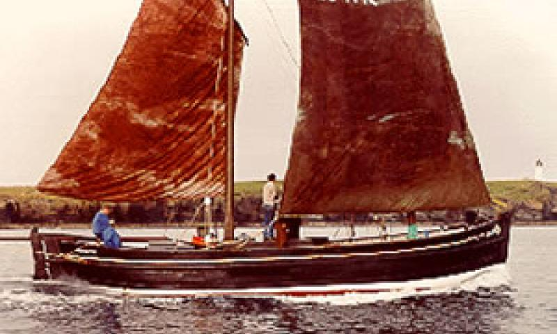 ISLABELLA FORTUNA - under sail and auxilliary engine - starboard side. Ref: Assoc Docs.