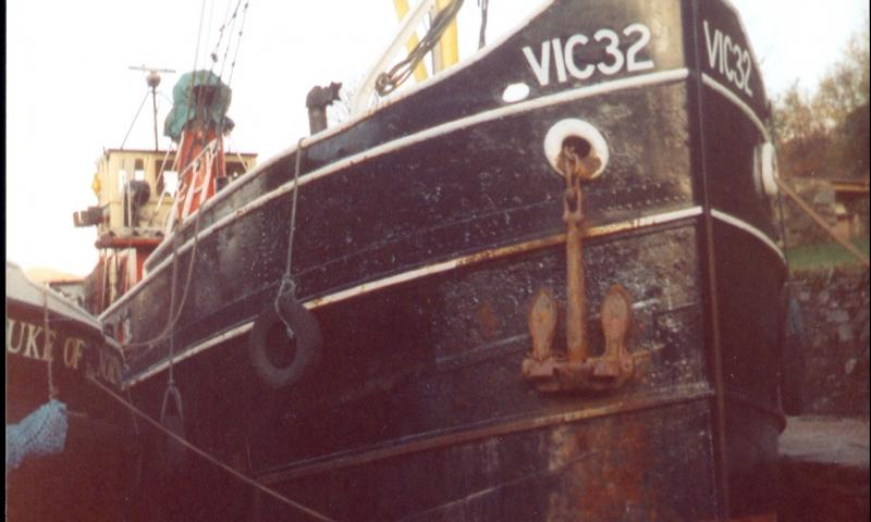 VIC 32 - bow view