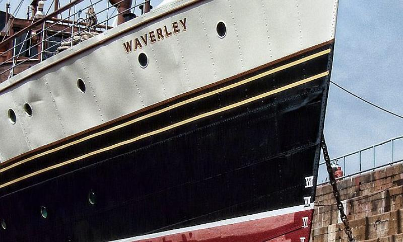 Photo Comp 2012 entry: painting the Waverley
